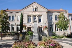 Agence postale communale et annexe mairie de Moingt (crédit : Ville de Montbrison)