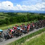 Peloton cyclistes tour de france montbrison 2020