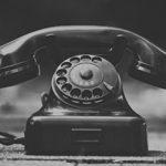 vieux téléphone à cadran